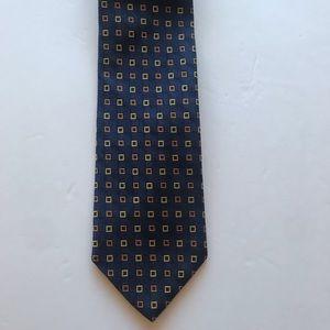 Brooks Brothers 346 Silk necktie.